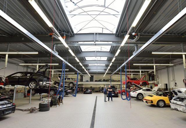 Porsche Dunkelstrahler